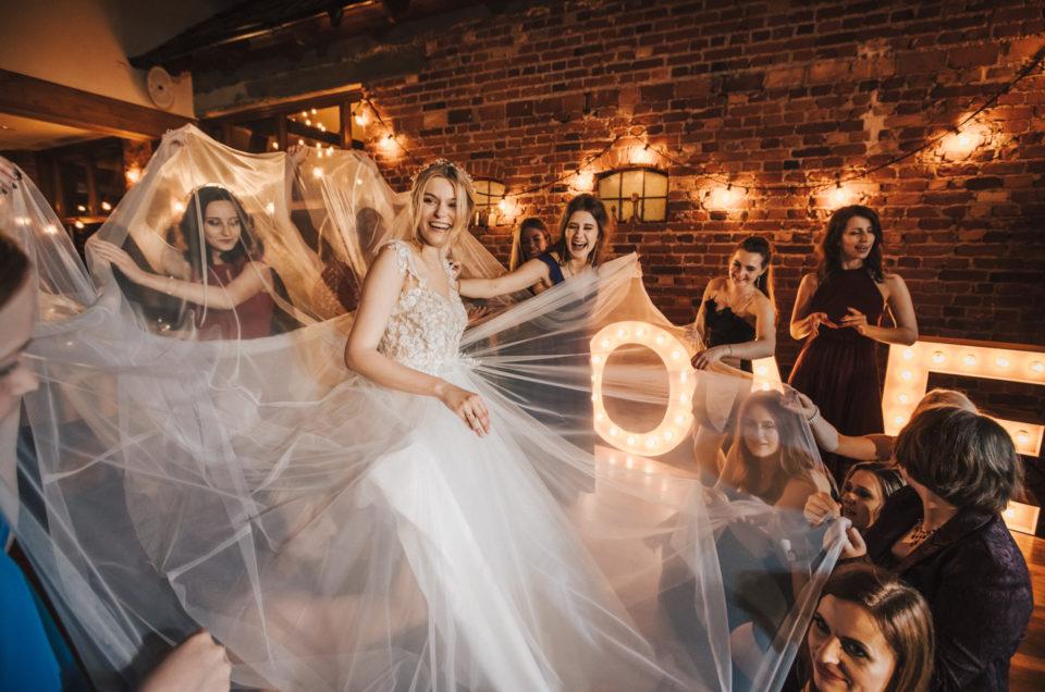 Cudowni Ola i Krzyś – Genialne wesele w Cedrowym Dworku